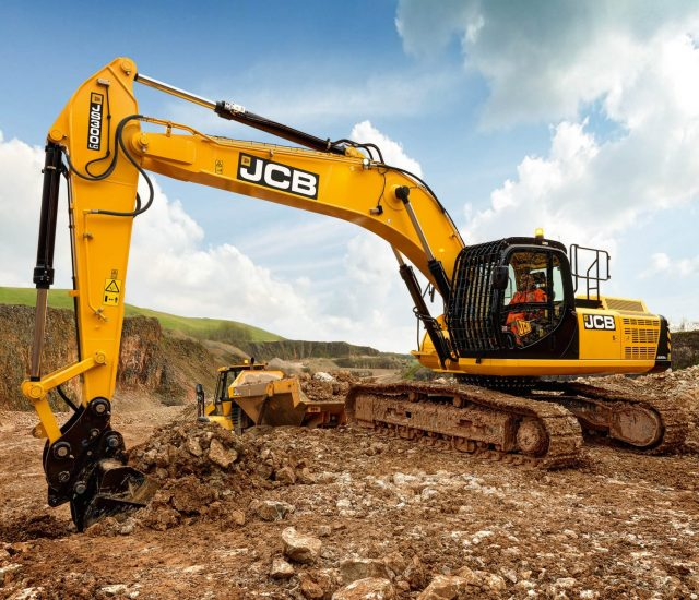 agricultural-excavator-servicing-repairs-newcastle-lake-macquarie-bennetts-green-central-coast-nsw (1)